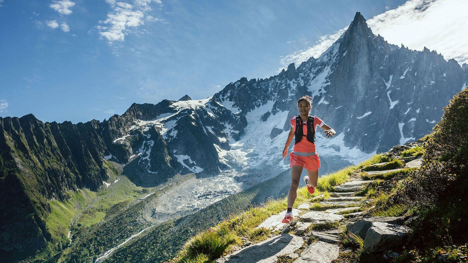 Foto der Läuferin Mira Rai bei einem Trainingslauf in Chamonix, Frankreich