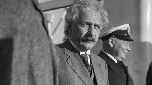Darum hatte das FBI eine 1.400 Seiten dicke Akte über Einstein