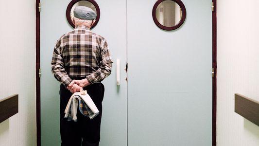 Einfühlsame Bilder des Lebens auf einer Alzheimer-Station