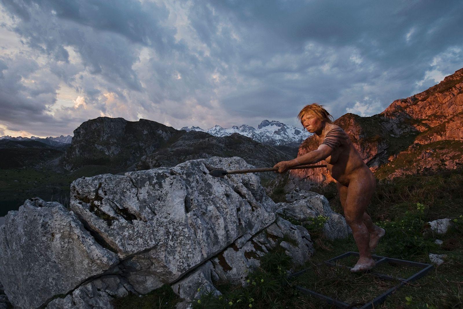"""Als Wissenschaftler das Neandertaler-Genom kartierten, entdeckten sie Spuren von """"Genfluss-Ereignissen"""" – Sex – mit Homo sapiens. ..."""