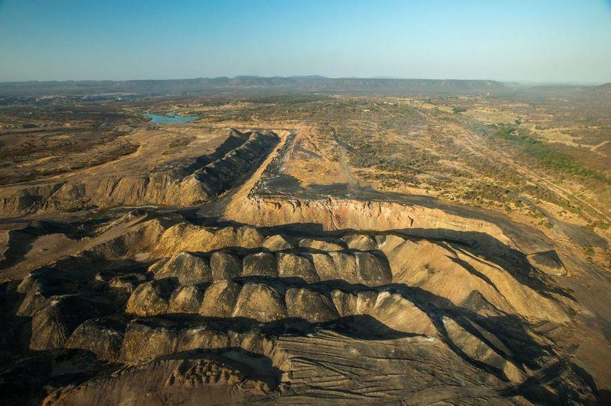 Eine Kohlemine in Simbabwe ist eines der Anzeichen für die zunehmende Nutzung von fossilen Brennstoffen in ...
