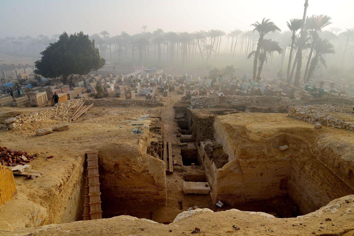 Mehr als 800 Gräber in altem ägyptischen Gräberfeld entdeckt