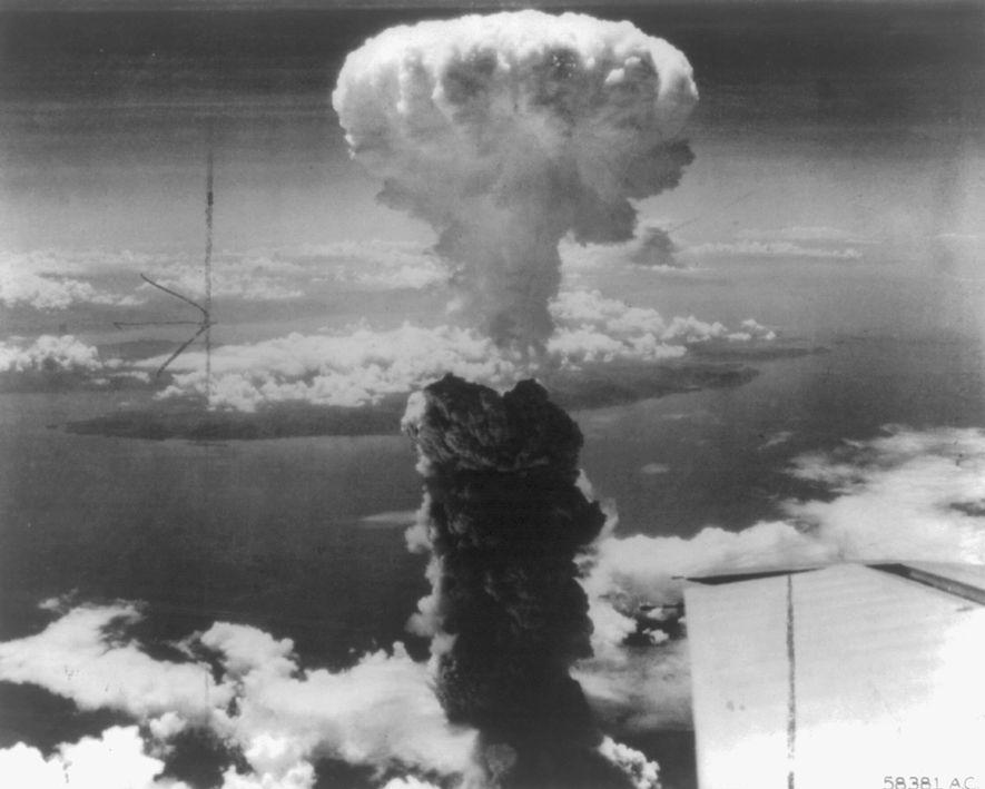 Wie ein Kühlschrank Einstein dazu brachte, um die Erforschung von Atombomben zu bitten