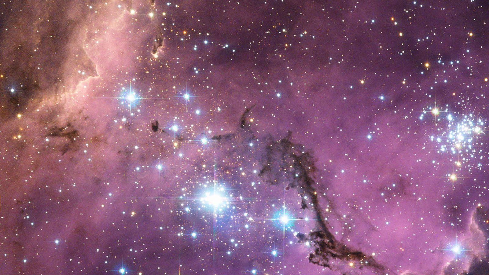In fast 200.000 Lichtjahren Entfernung befindet sich die Große Magellansche Wolke, eine Nachbargalaxie der Milchstraße. Da ...