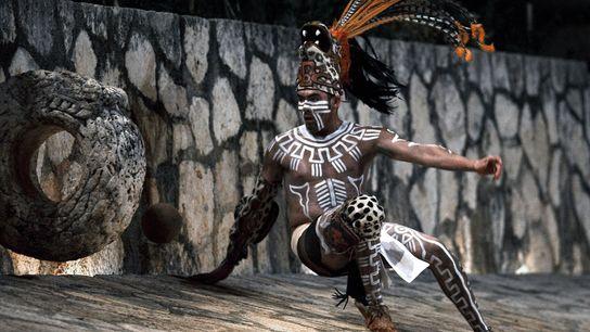 Die Wiederentdeckung eines 3.000 Jahre alten Sports: Lange bevor es Fußball und Basketball gab, verabredeten sich ...