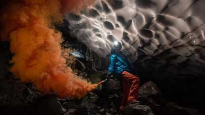 Abstieg in den Vulkan: Die Gletscherhöhlen des St. Helens