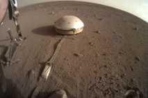 InSight soll den inneren Aufbau des Mars analysieren. Dafür nutzt der Lander unter anderem einen empfindlichen ...