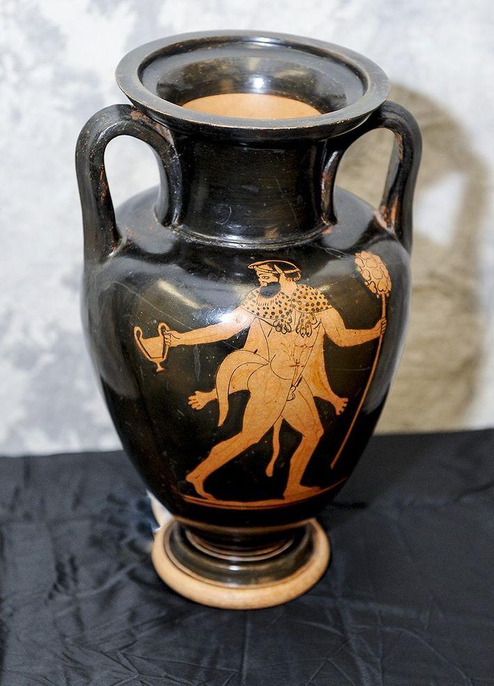 Gestohlene etruskische Amphore