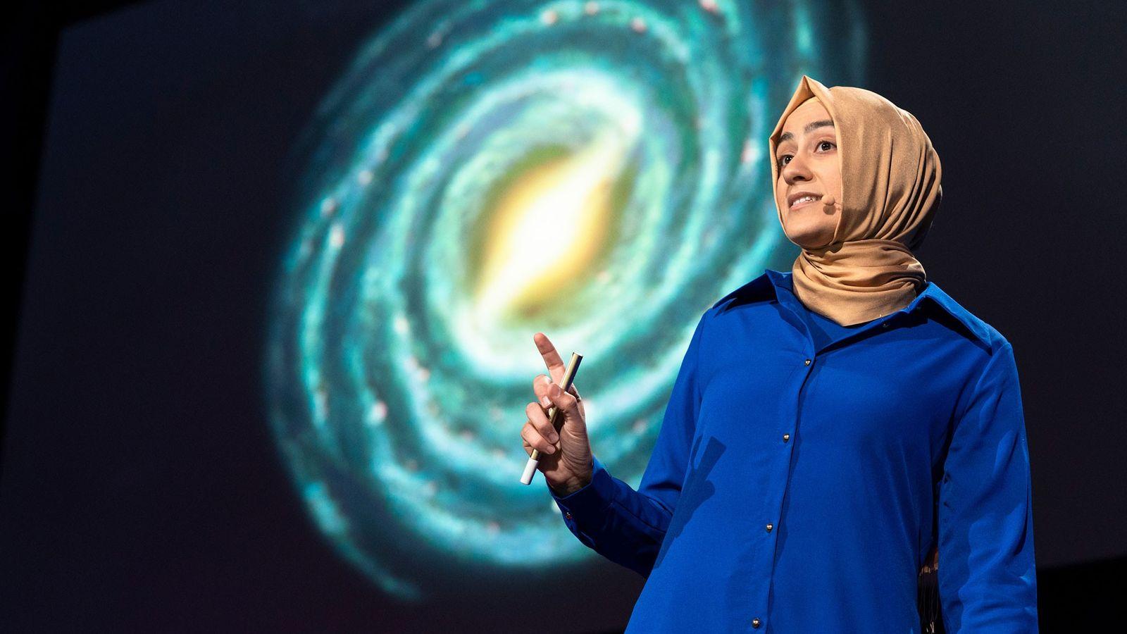 Die Astrophysikerin Burçin Mutlu-Pakdil hielt im Rahmen des TED2018-Events im kanadischen Vancouver einen Vortrag.