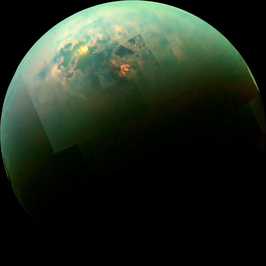"""Forscher erzeugen auf der Erde """"Mineral"""" aus einer fremden Welt"""