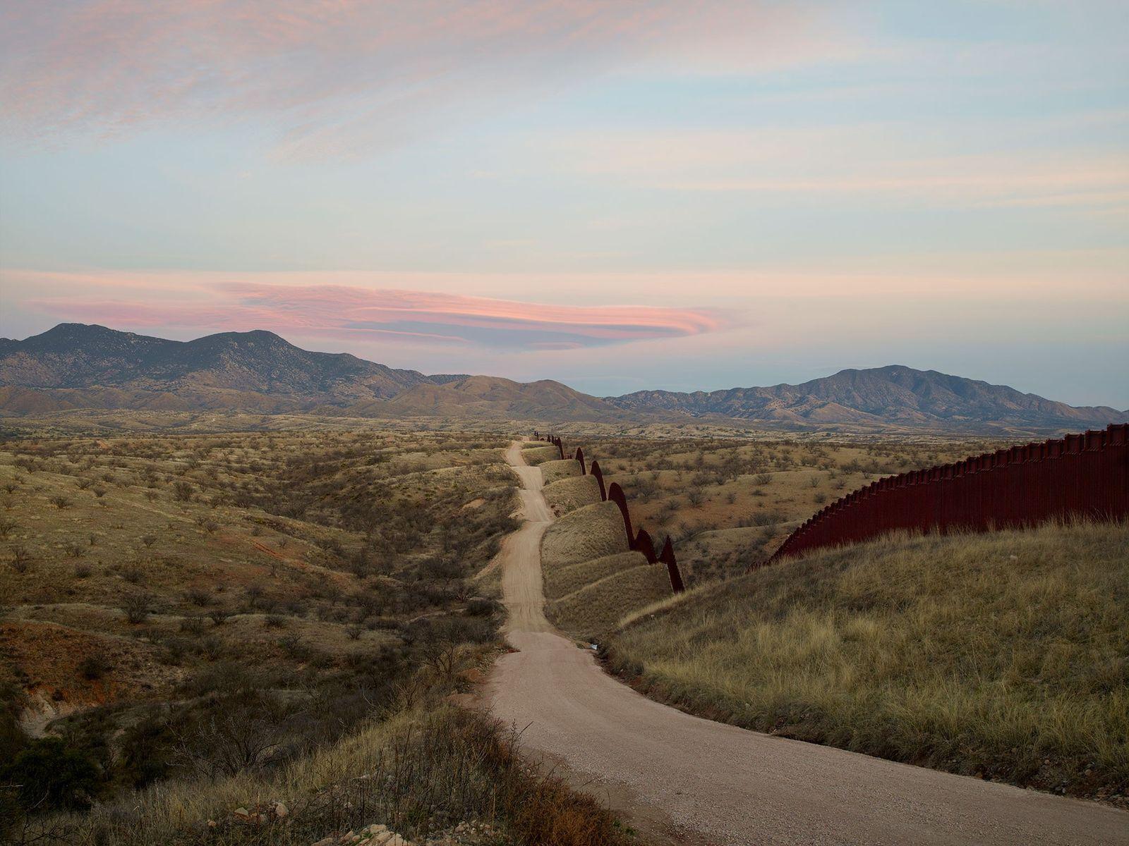 Donald Trump will den Weiterbau der Grenzmauer zwischen den USA und Mexiko vorantreiben. Hier zu sehen ...