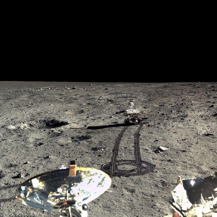 Bild des Rovers Yutu auf dem Mond