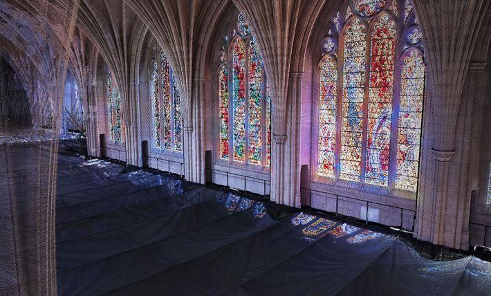 Laserscans lassen Teile des südlichen Kirchenschiffs der National Cathedral in Washington, D.C., durchscheinend wirken (links). Der ...