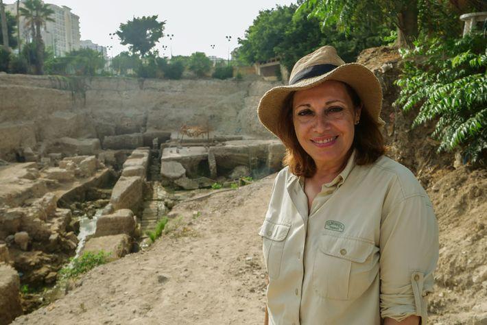Die Archäologin Calliope Limneos-Papakosta ist seit über 20 Jahren auf der Suche nach dem Grab von ...