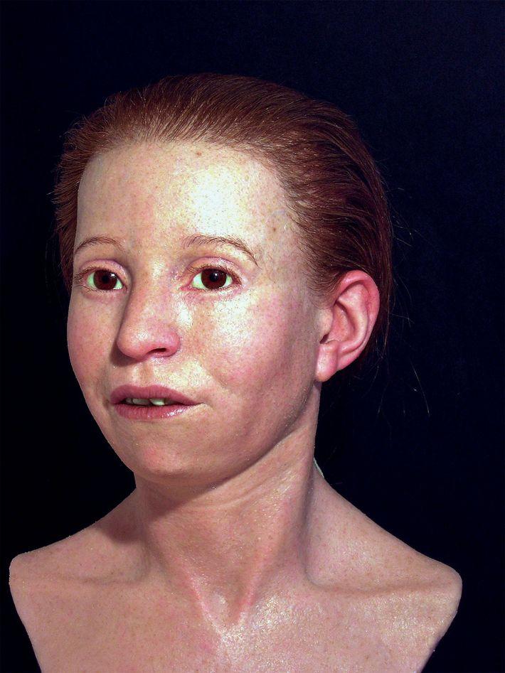 Das Team hat auch das Gesicht der elf Jahre alten Myrtis rekonstruiert, die im 5. Jahrhundert ...