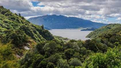"""""""Achtes Weltwunder"""" könnte unter dem Ufer eines Vulkansees liegen"""