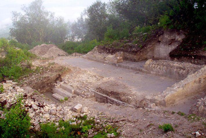 Architektonische Untersuchungen der Grand Plaza in Teposcolula-Yucundaa führten zu einer unerwarteten Entdeckung: ein großer Friedhof, der ...