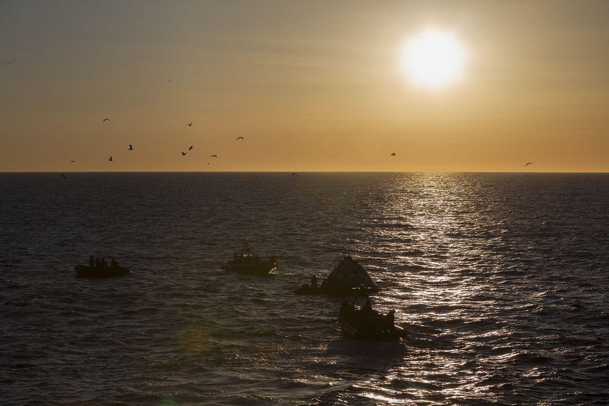Die Bergungstests an der kalifornischen Küste sollen die Vorgänge bei einer Landung von Orion im Meer ...