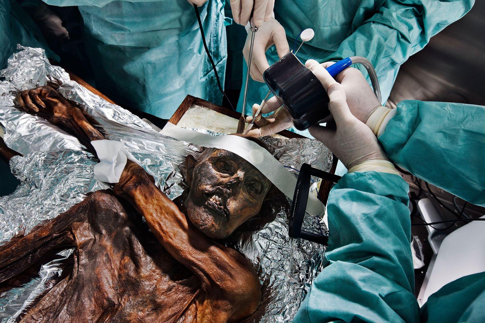 Forscher rekonstruieren Ötzis fieberhaften letzten Aufstieg