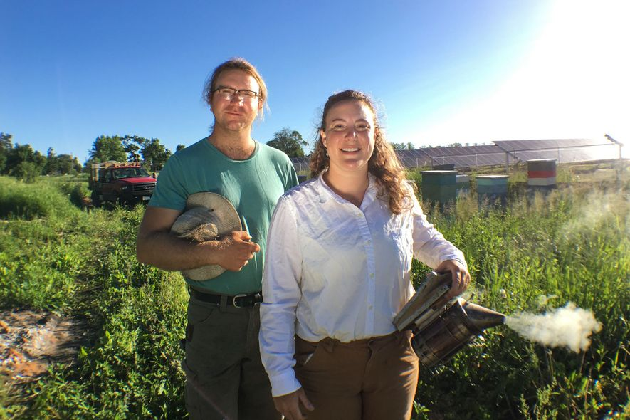 Travis und Chiara Bolton