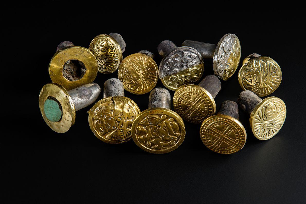 Auch dieser Ohrschmuck zählte zu den Kostbarkeiten aus dem Grab El Castilla de Huarmey.