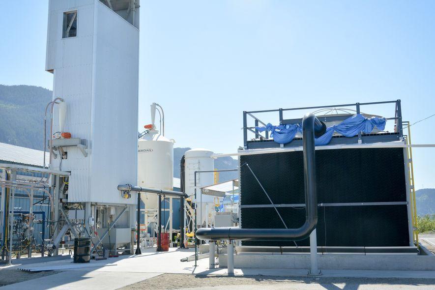 Die Anlagen einer Testfabrik von Carbon Engineering in British Columbia entziehen der Luft CO2.