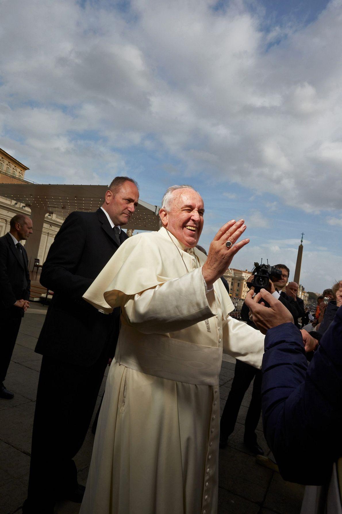 Ein päpstliches Schmunzeln