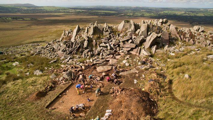 Archäologen vermuteten schon länger, dass die Blausteine von Stonehenge aus Wales stammen. Nun wollen sie die ...