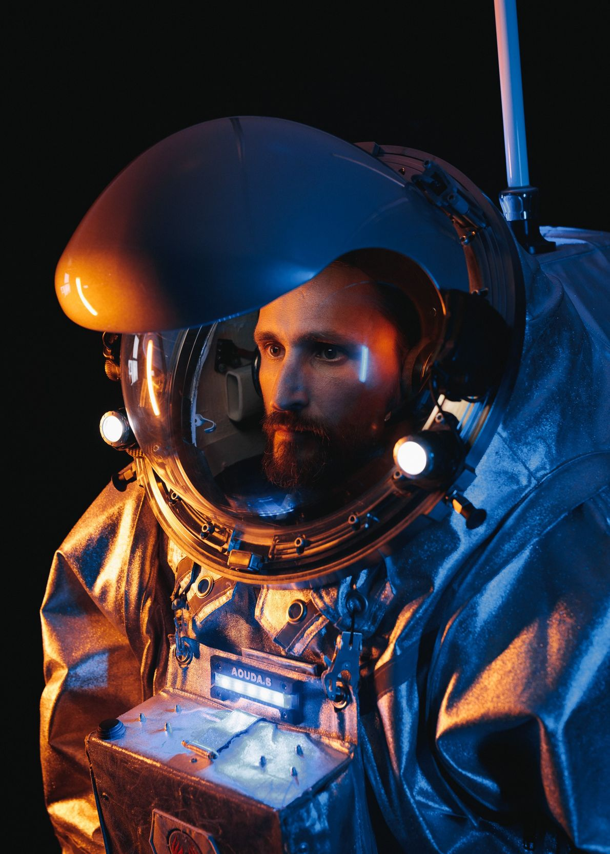 Der AMADEE-18-Analogastronaut Iñigo Muñoz Elorza lehrt am European Astronaut Center und hat bereits von der Erde ...