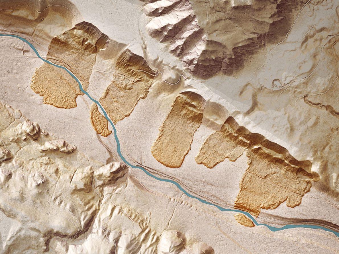 Die Spuren alter Erdrutsche am Cedar River in der Nähe von Seattle sind durch den Wald ...