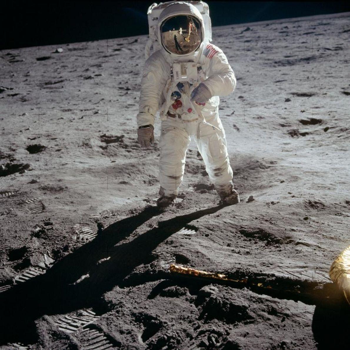 """Edwin """"Buzz"""" Aldrin auf der Mondoberfläche"""