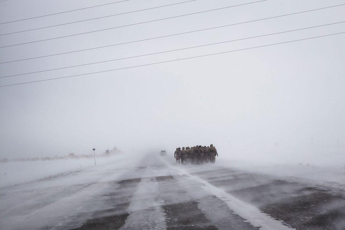 windgepeitschte Straße