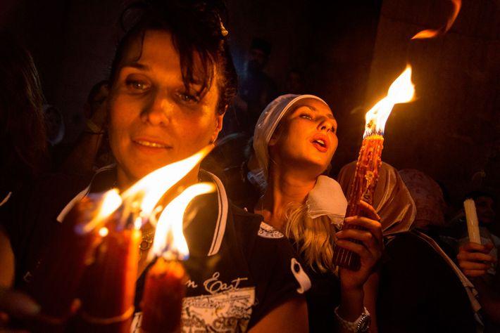 Frauen mit Feuer