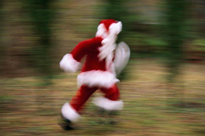 Wenn der Weihnachtsmann Geschenke verteilt, reist er so schnell, dass er langsamer altert als wir.