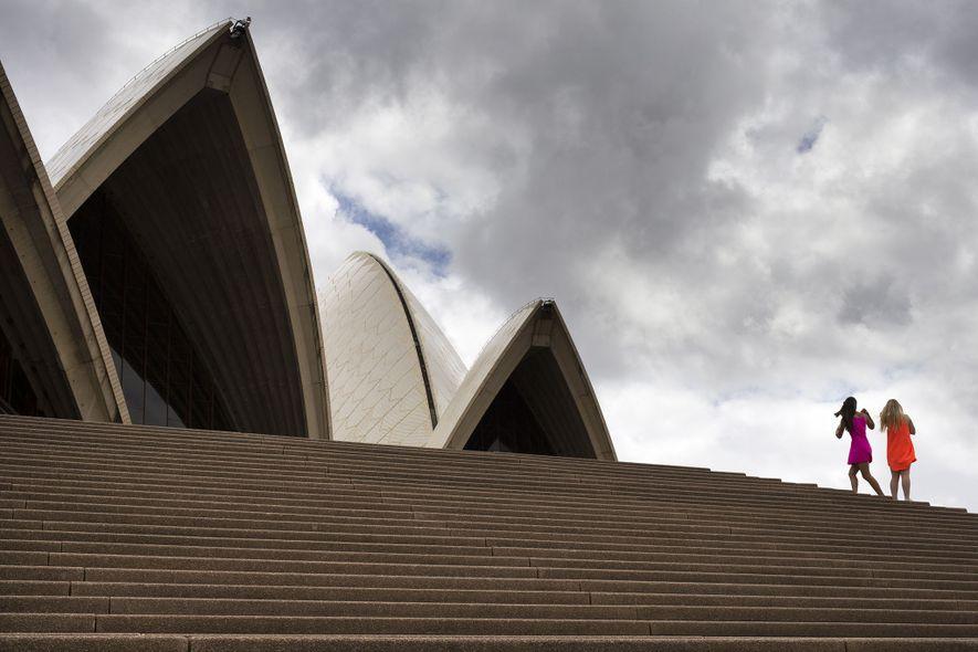 Das Sydney Opera House, eines von Australiens Wahrzeichen, strebt zu seinem 50. Geburtstag im Jahr 2023 ...