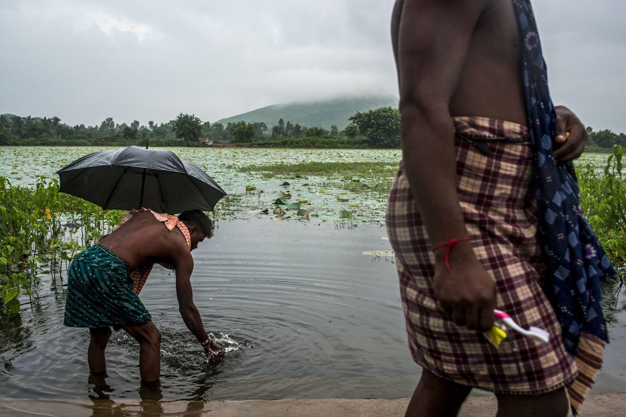 Die tödlichen Gefahren eines Lebens ohne Toiletten | National Geographic
