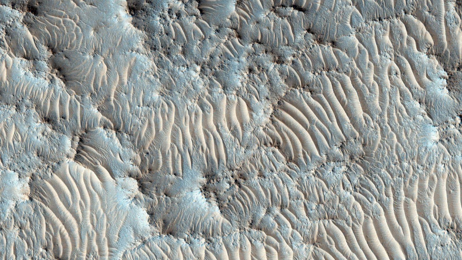 Die NASA hat den Jezero-Krater, der hier auf einem Bild Mars Reconnaissance Orbiter zu sehen ist, ...