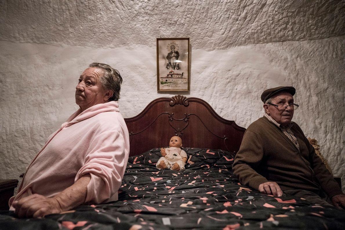 Piedad Mezco und Antonio Ortiz haben ihr gesamtes Leben in den Höhlen von Guadix verbracht. Sie …
