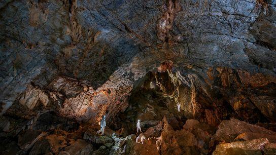Forscher in der Chiquihuite-Höhle