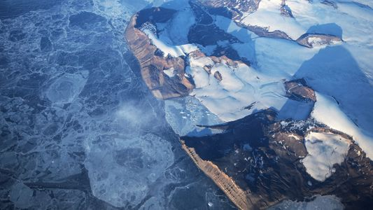 Antarktis von mehr Schmelzwasser bedeckt als vermutet