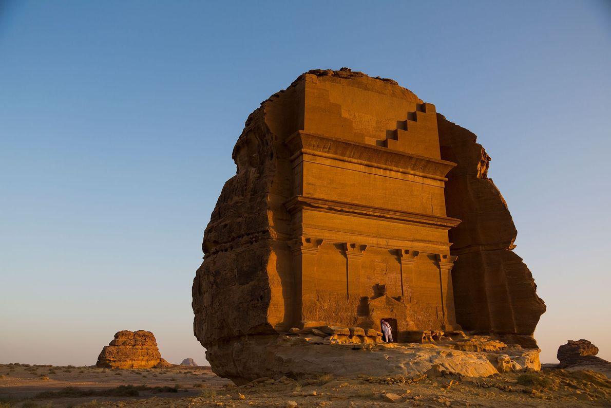 Die Felsgräber bei Mada'in Salih in der Großen Arabischen Wüste wurden vor etwa 2.000 Jahren in ...