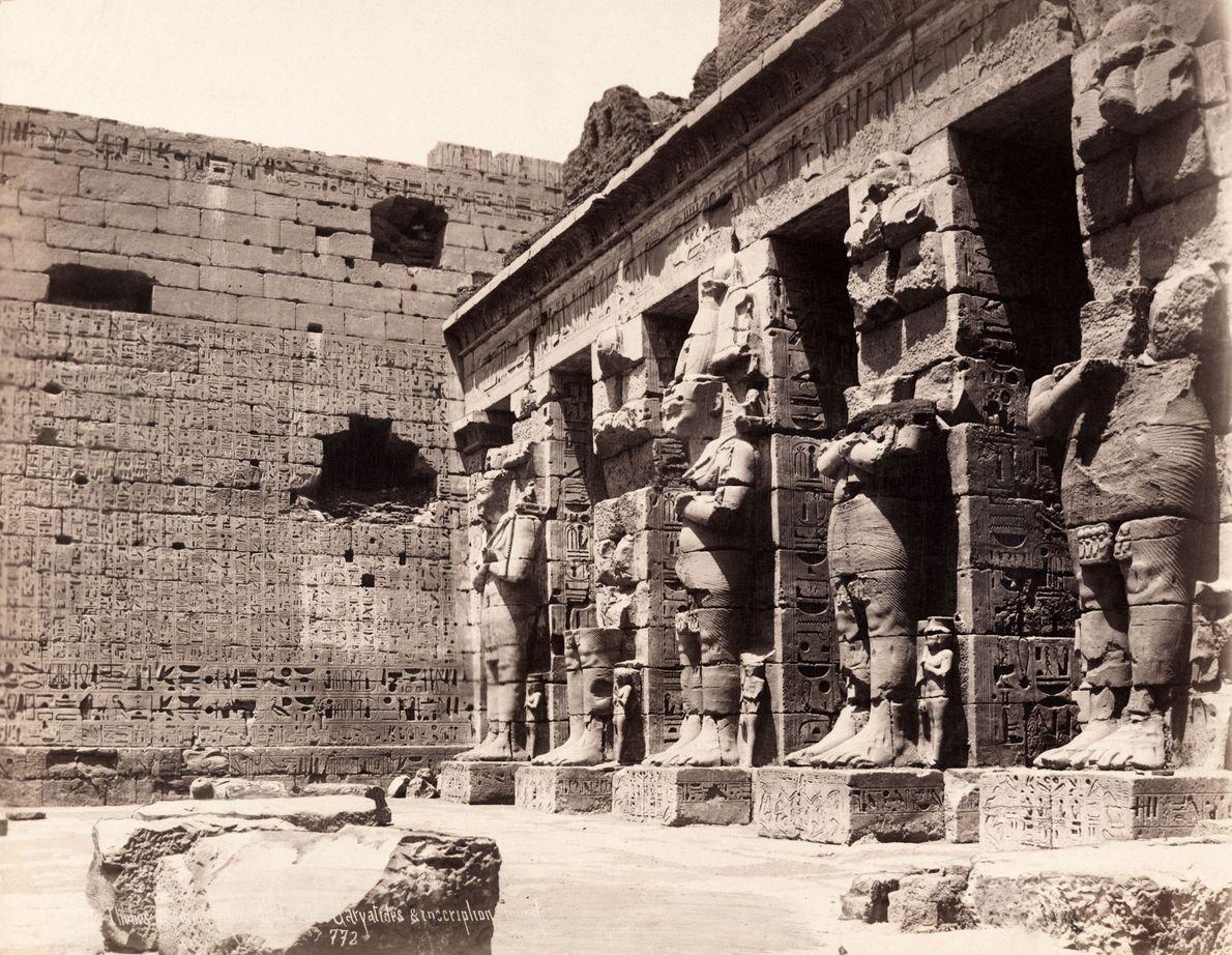 Die altägyptische Stadt Theben, hier auf einem Foto von 1913 zu sehen, ist heute die geschäftige ...