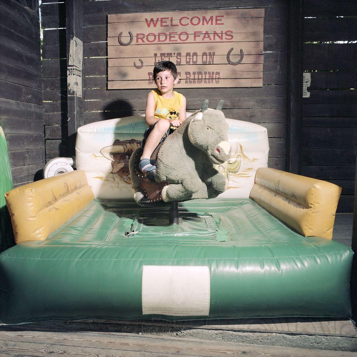 Junge beim Rodeo