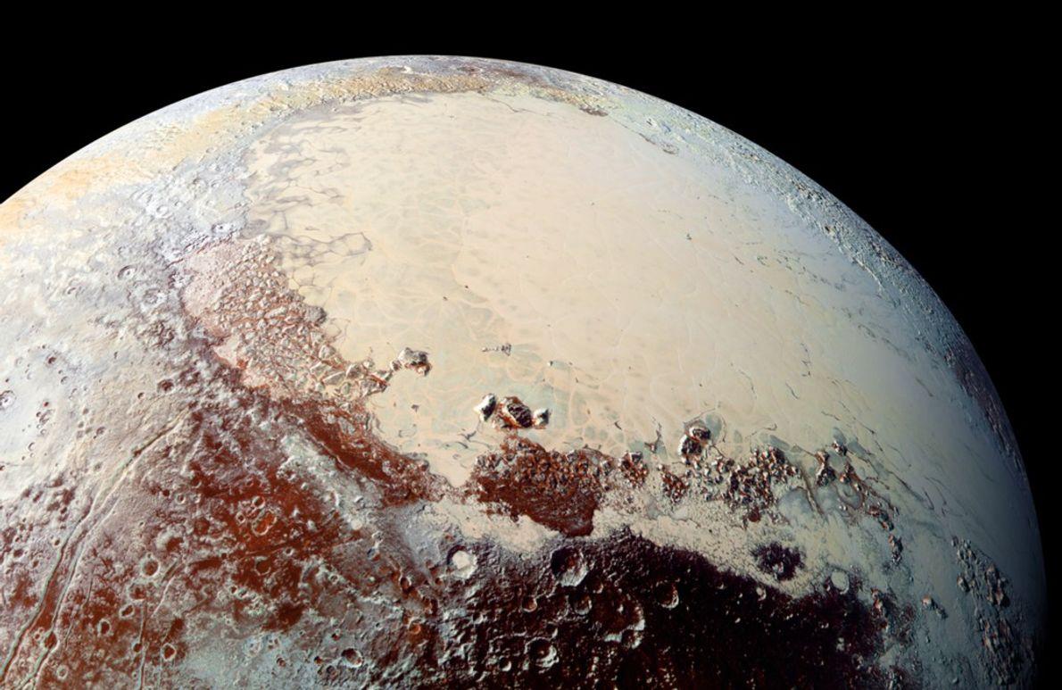 New Horizons machte die ersten Aufnahmen dieser hellen Region auf dem Pluto, die Sputnik Planitia getauft ...