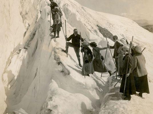 Kein Gipfel zu hoch: Halsbrecherische Aufstiege und draufgängerische Bergpioniere
