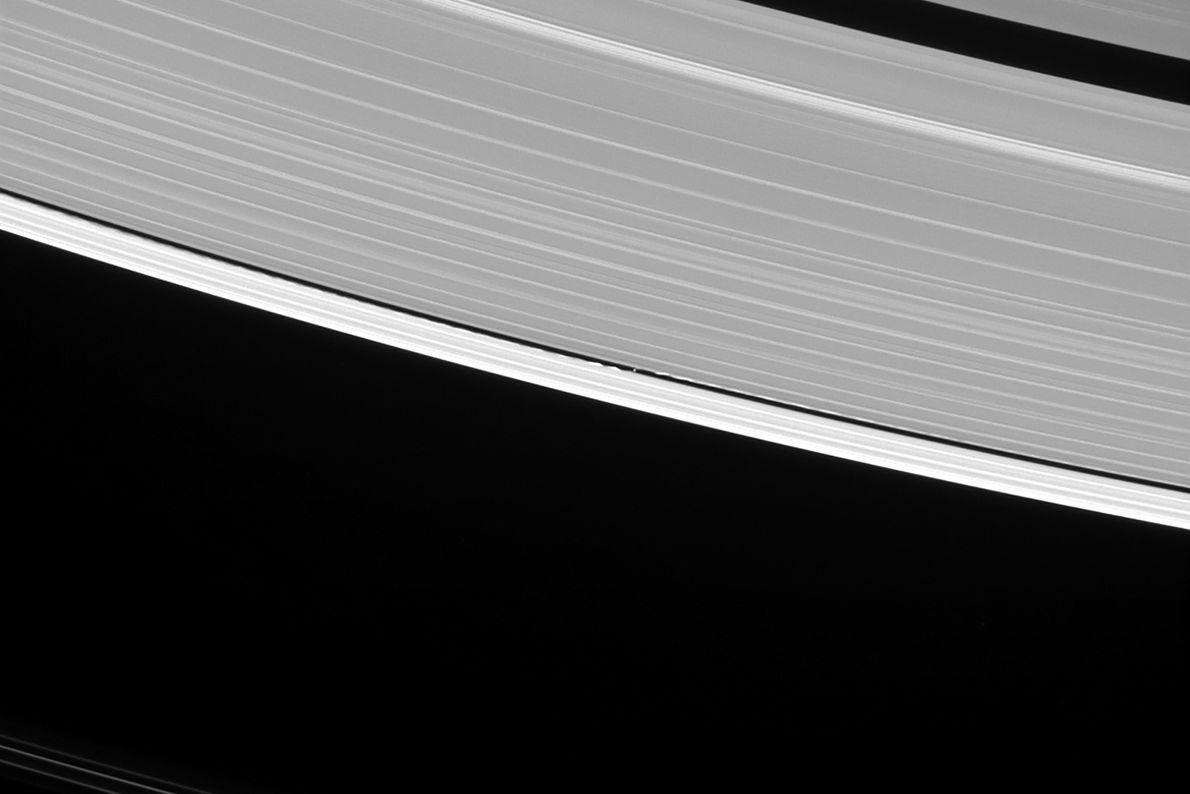 Der kleine Mond Daphnis