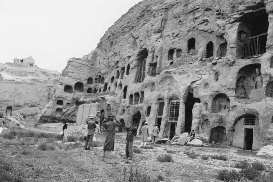 Die Yungang-Grotten in China wurden im 5. Jahrhundert aus dem Sandstein herausgearbeitet.
