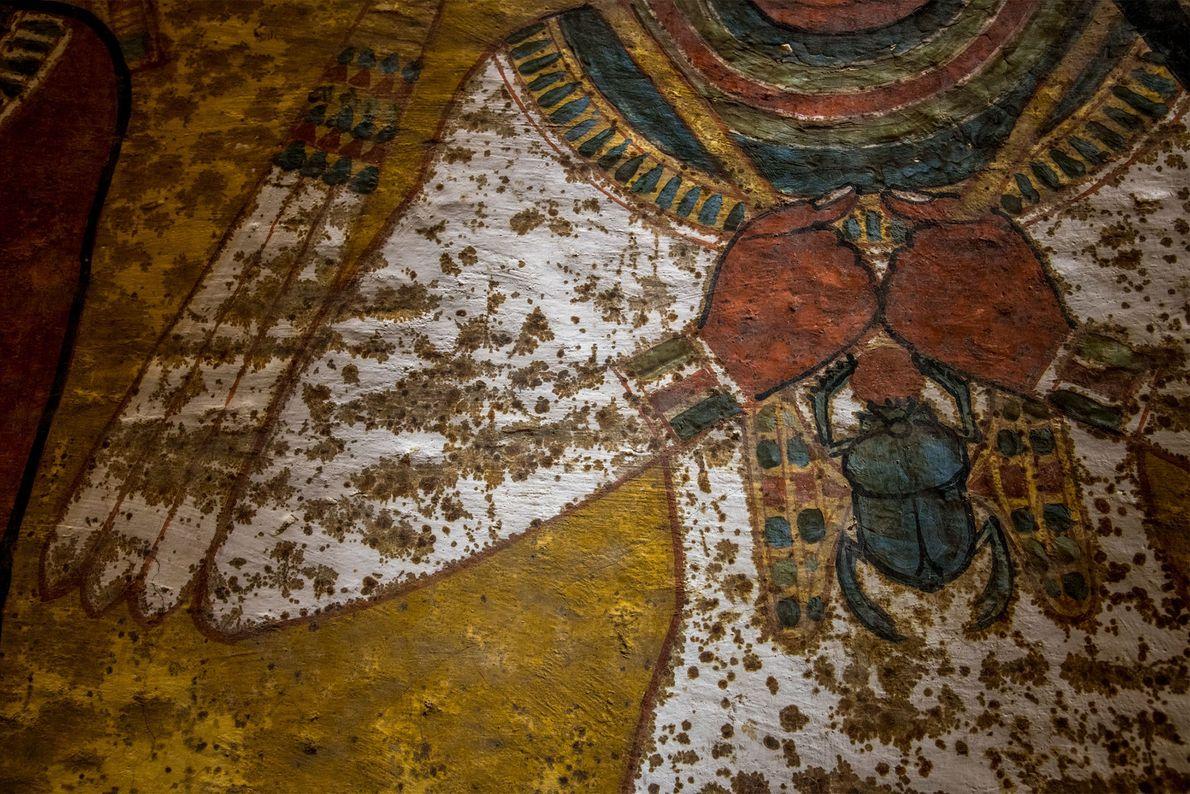Ein Teil der Malereien auf der nördlichen Wand wurde im oberen Bereich direkt auf den Fels ...