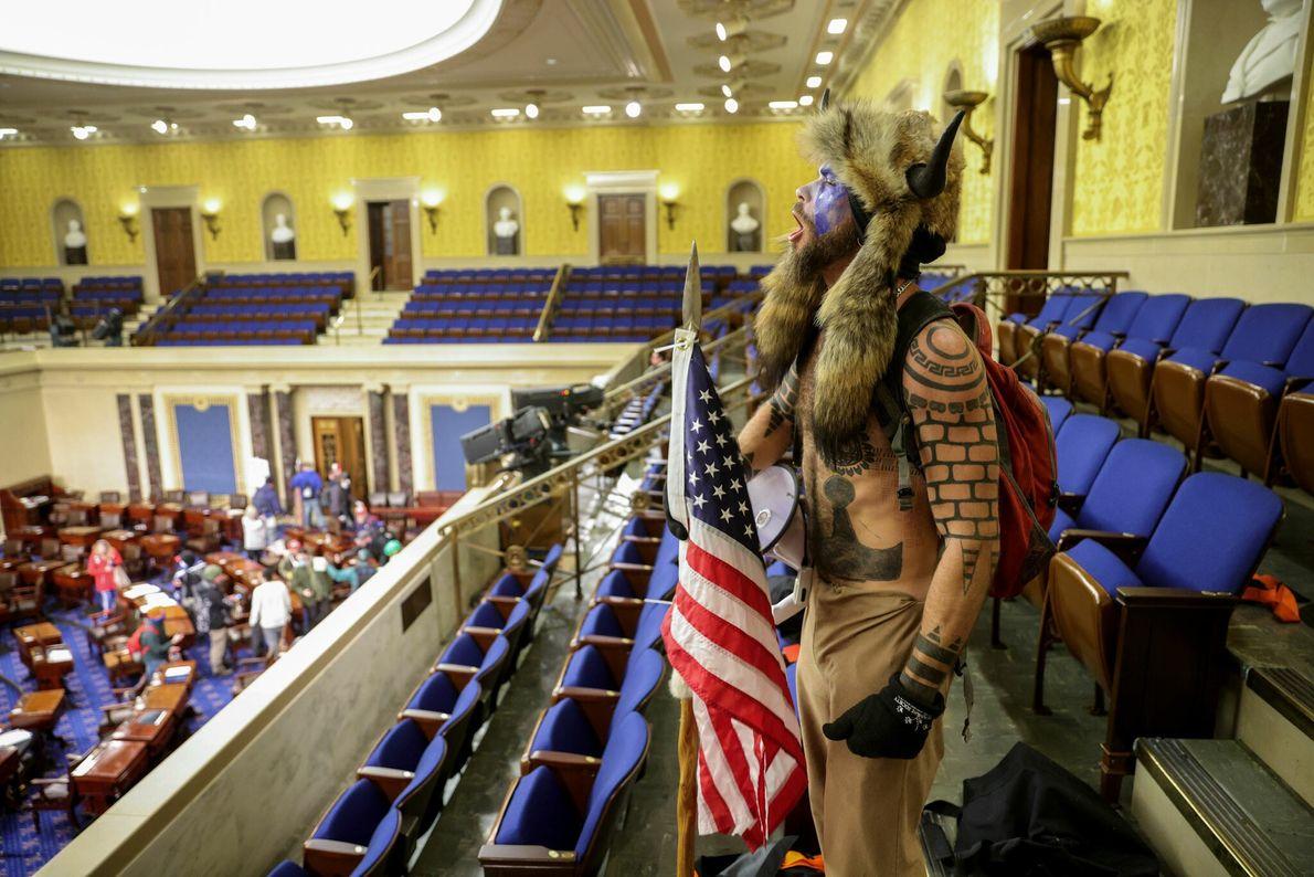 Trump-Anhänger im Senatssaal