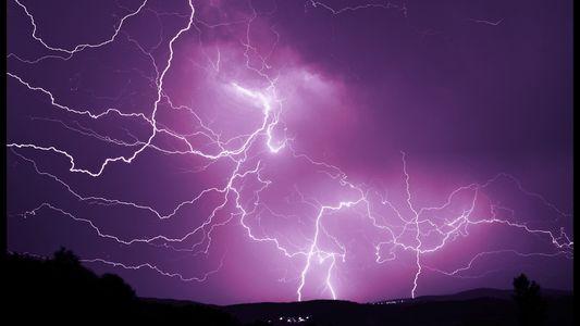 Nicht normal: 48 Blitzeinschläge am Nordpol innerhalb eines Tages